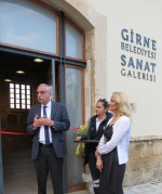 The Mayor of Girne and the artist
